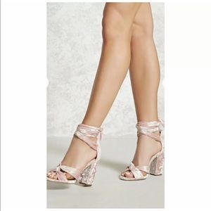 Forever 21 velvet wrap chunky heel shoes pink 7.5